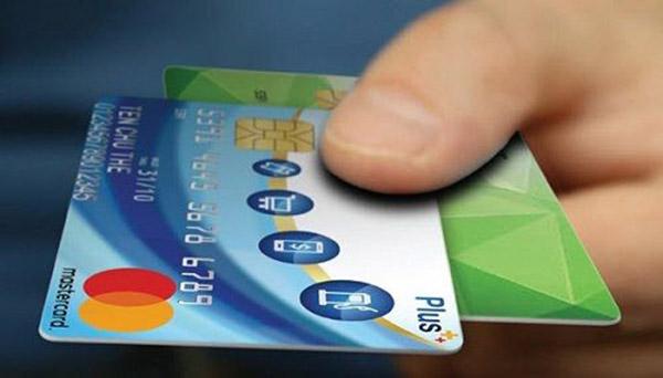 Đáo hạn thẻ tín dụng Fecredit