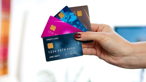 vay đáo hạn tín chấp theo thẻ tín dụng